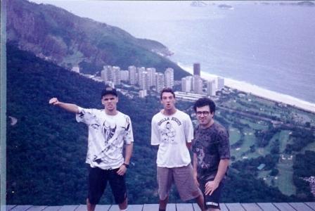 Turismo, amizade e punk rock no R.J.