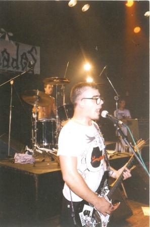 Júlio, guitarre + oozin aah´s