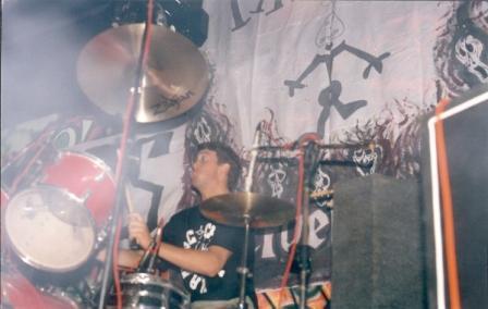 duas faixas atrás do palco - syndicate - 1993